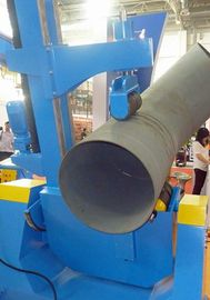 China Column Welding Rotators Pipe Positioner With A Tiling Angle of 45o And Assisting Pressure factory